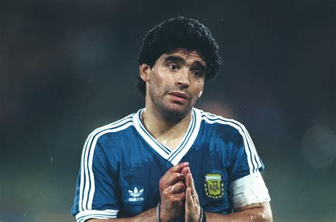 Diego Maradona at World Cup 1990: the weeping angel
