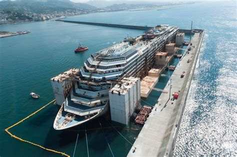 The Four Phases of the Costa Concordia Dismantling Project