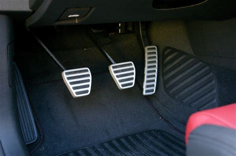 physical - Why is the accelerator pedal different - User
