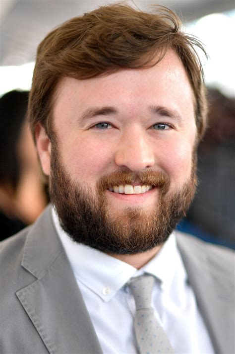 Haley Joel Osment Pictures and Photos | Fandango